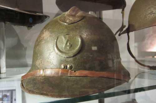 Le casque du 4ème RTT (Régiment de Tirailleurs Tunisiens).