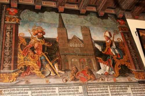 La peinture de 1532 de Bartholomé Bruyn représentant Charlemagne, à gauche, donnant l'évêché de Brême à Willehad, premier évêque de Brême.