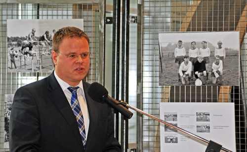 Le maire Tobias Gerdesmeyer souligna l'excellente collaboration entre la ville et l'IML.