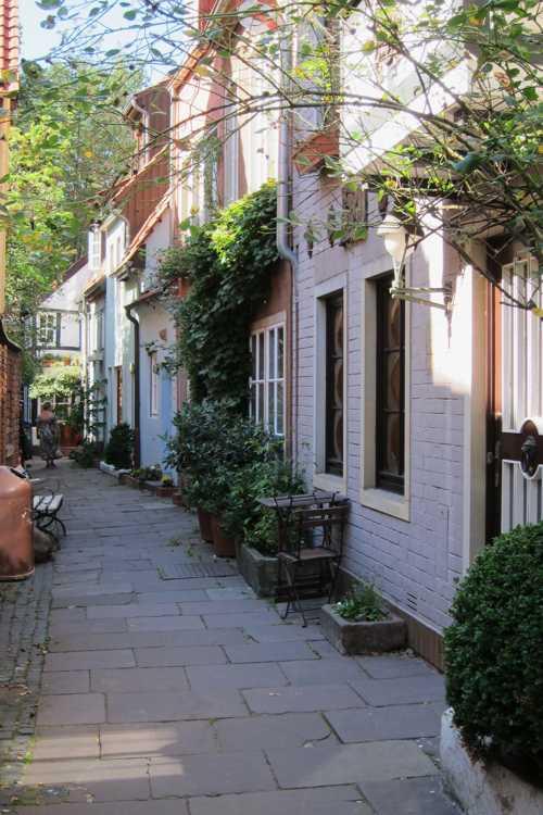 Une des ruelles du  Scnoorviertel.