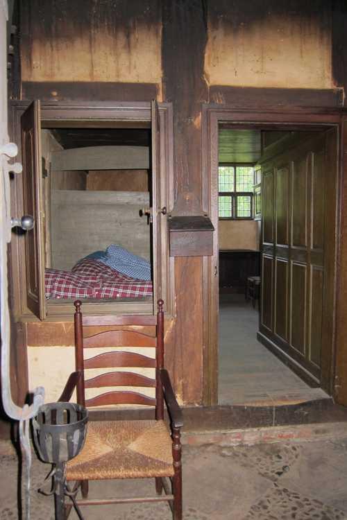 Une alcôve donnait même sur la cuisine et la salle de séjour.