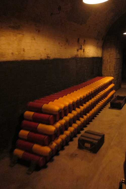 Sur un dépôt de munitions