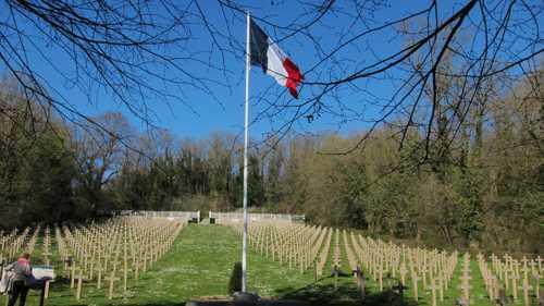 Le cimetière militaire française d'Altkirch, où reposent depuis 1924 des soldats tombés à Rixheim.