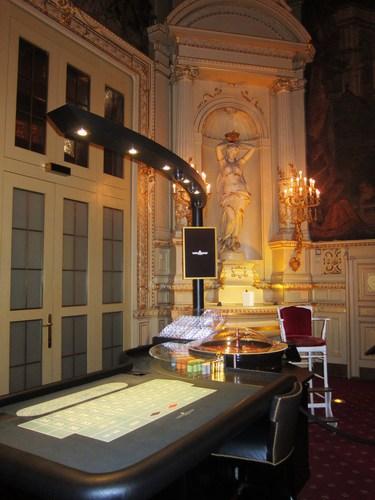 Une table de jeu de la Salle Florentine.