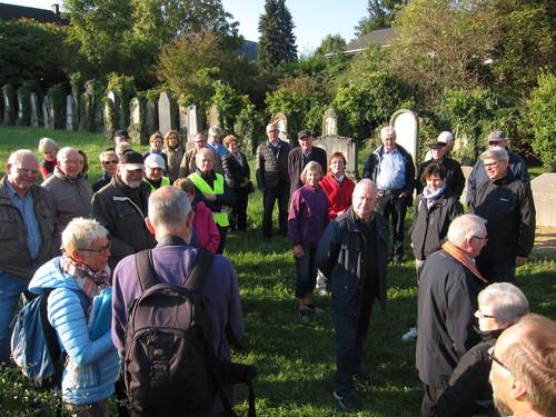 Dans le cimetière juif de Rixheim.