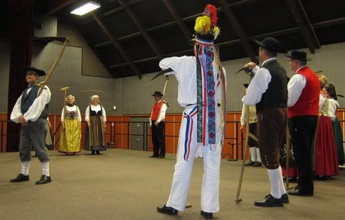 Une des danses de la Sundgauvia.