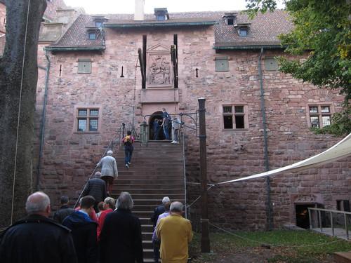 L'escalier qui mène du haut jardin vers le portail du grand bastion.