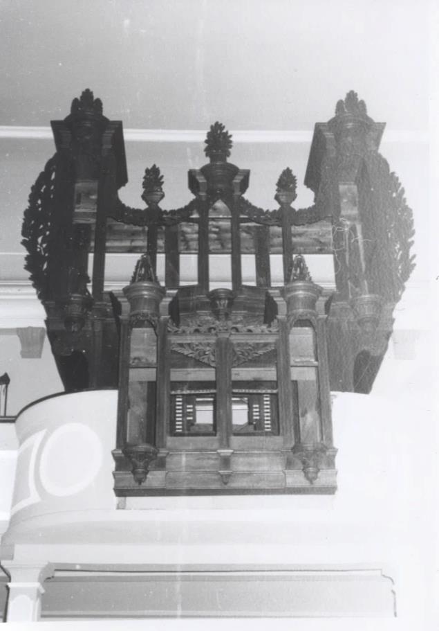 L'orgue démonté par Gaston Kern en 1989.