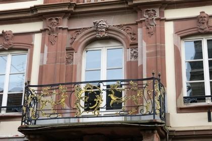Le suprbe balcon de l'hôtel particulier de la famille Barth.